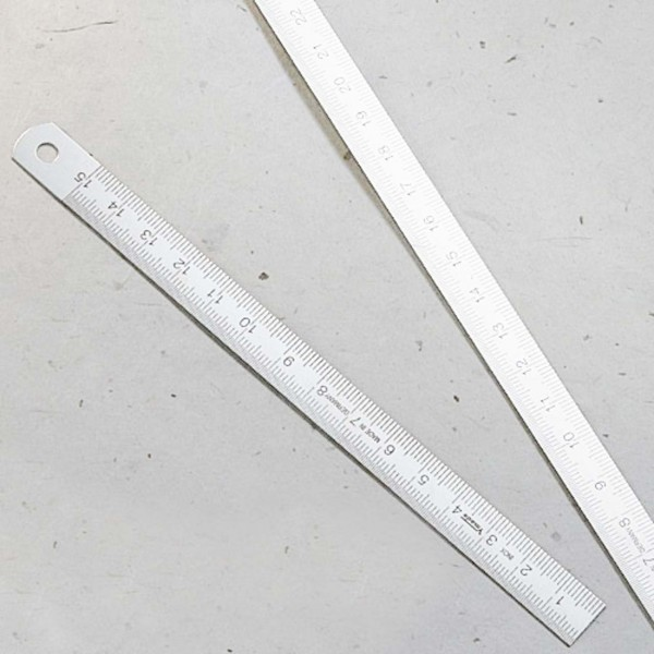 Carta Pura Stahlmaßstab 15cm