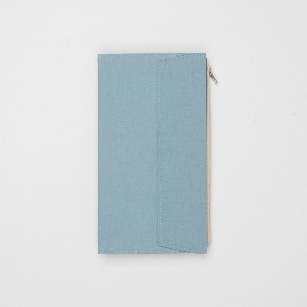STORE ONLY: Traveler's Factory Zipper Case Regular Stoff sky blue
