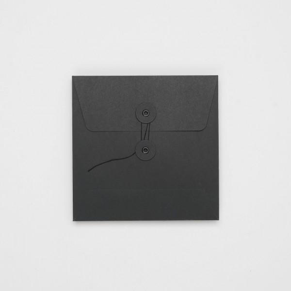 """Umschlag mit Kordel """"schwarz"""" Q"""