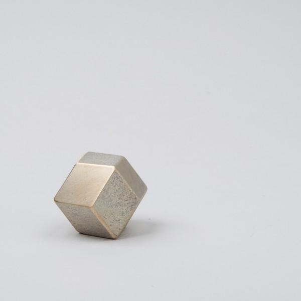 Futagami Briefbeschwerer Rhombus