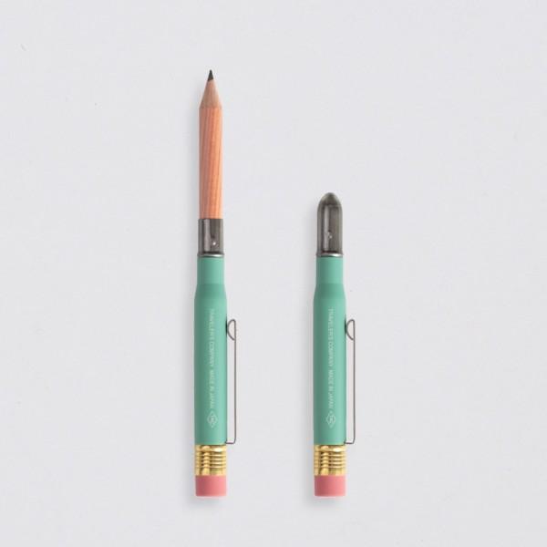 """""""Midori"""" Traveler's Notebook """"Factory Green"""" Bleistift"""