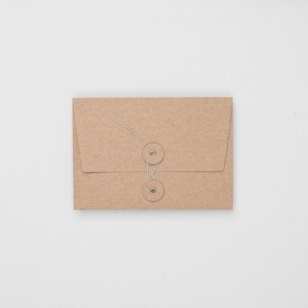 KAMI Umschlag mit Kordel C6 natur