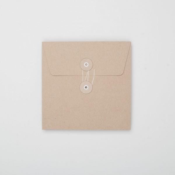 """Umschlag mit Kordel """"natur"""" Q (10 Stück)"""