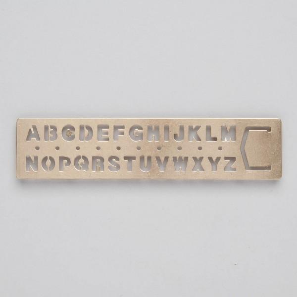 """Buchzeichen und Schablone """"Alphabet"""" aus Messing"""